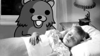 Pedobear avec les enfants