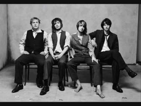 Larrikin Love - Six Queens