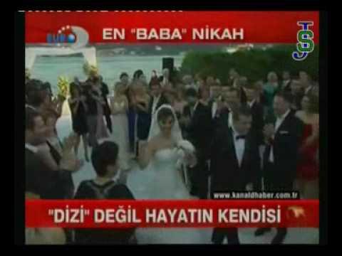 kivanc tatlitug _beren in kanal d haberكيفانتش وبيرين في حفل زفاف2010