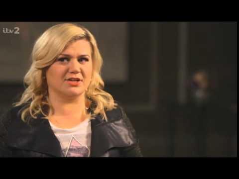 Kelly Clarkson - Interview - The Hot Desk (feb 2015) video