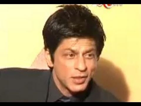 Shahrukh Khan upset with his Kela Award for worst actor