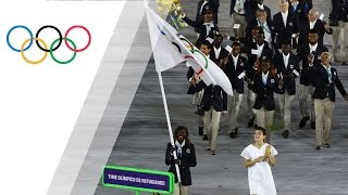 Standing ovation for Refugee Olympic Team