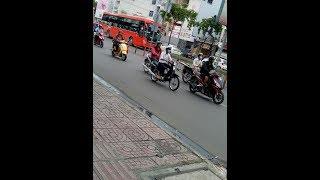 [Felix - HB120SL] - Xe Xuân Mai 65B - 010.43 và xe KH 84B - 002.97 chạy ngang N3 Bình Phú