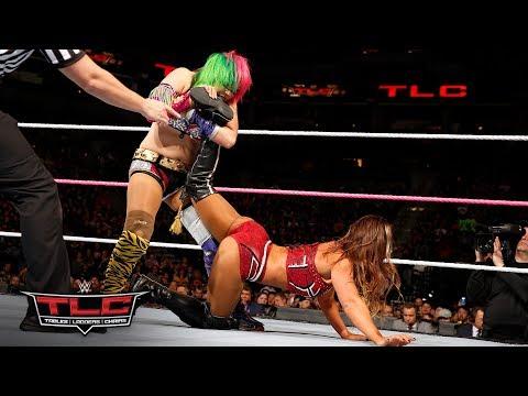 Asuka makes her explosive WWE debut against Emma: WWE TLC 2017