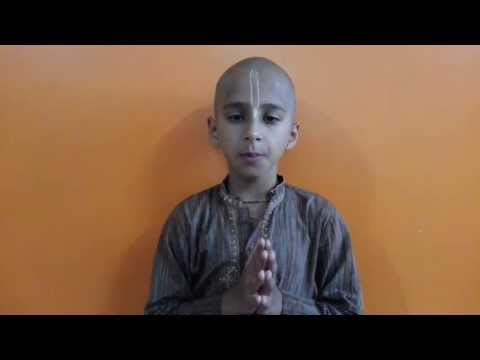 8 Year Old Abhigya Chanting The 10th Chapter Of Bhagavad Gita Out Of Memory video