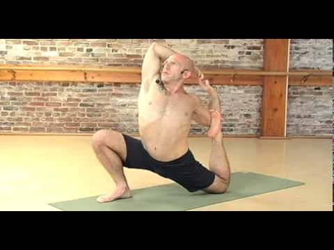 YOGA WITH LES: Intermediate Vinyasa