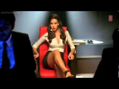 Pyaar Ki Pungi (agent Vinod)(wapking.in) video