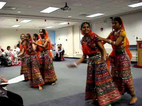 Bollywood Dance | Garba Dance to Oodani