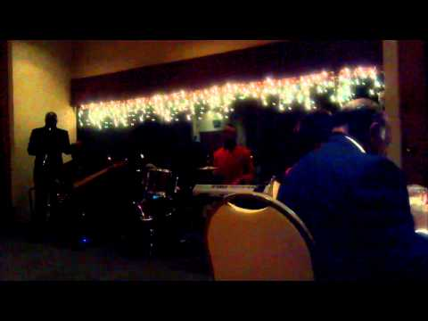 Band One Achord Playing - Close To You (bebe And Cece Winans) video