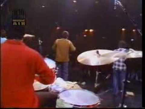 Los Lobos 'I Got To Let You Know' 1985
