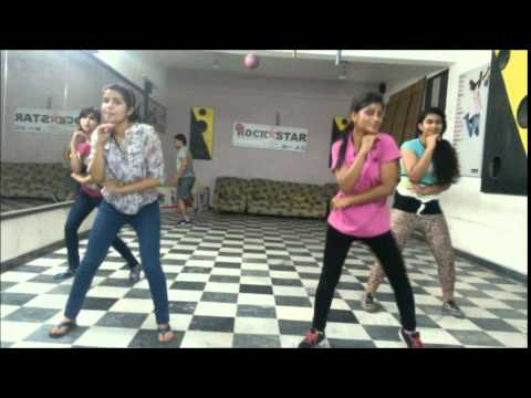 Baby doll mai sone di dance by rockstar academy chandigarh India