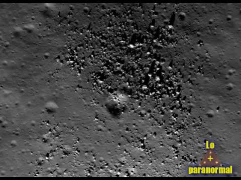 Algo extraño pasa en la luna