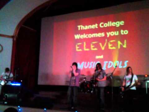 foo head - Running Up That Hill ... (thanet college band)