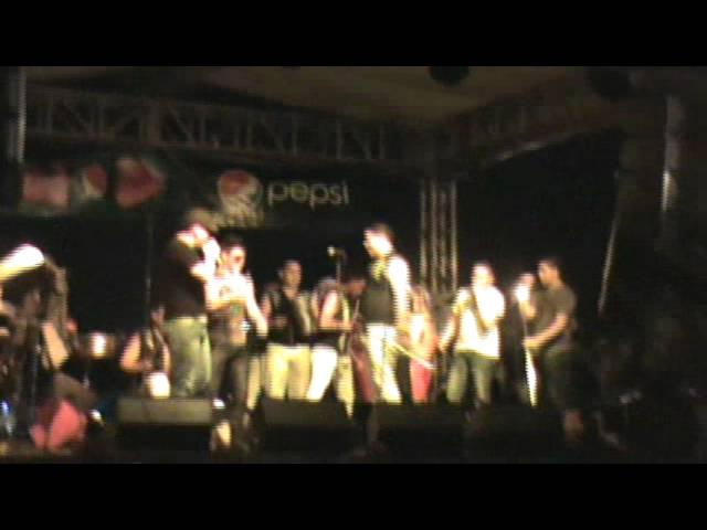 La Gran Banda En Vivo ( El Baile de el Cafe ) Verano 2012 Puerto Cortes