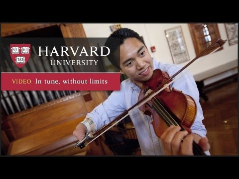 One-handed violinist combines art and teaching