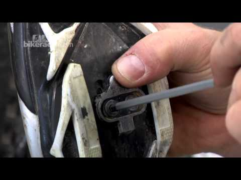 How to fit pedal cleats