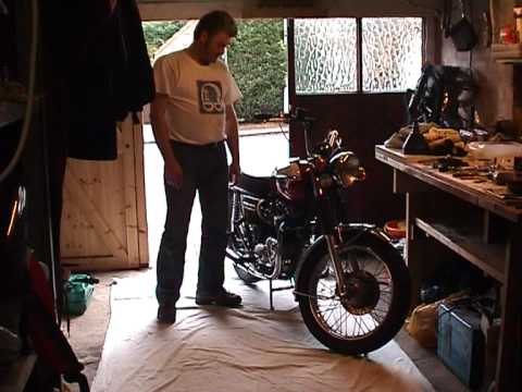 1975 Triumph Bonneville rebuild Video