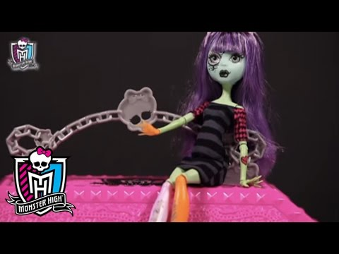 Create a Monster Design Lab Tutorial | Monster High