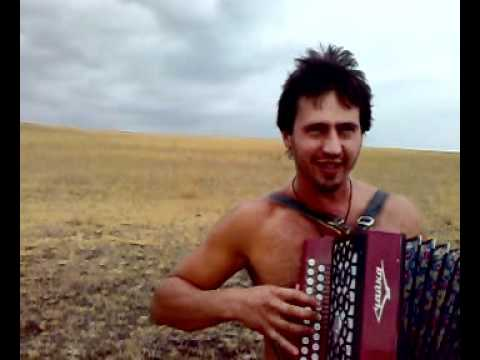  .   - Cossack song. Accordion Folk music. Music Videos