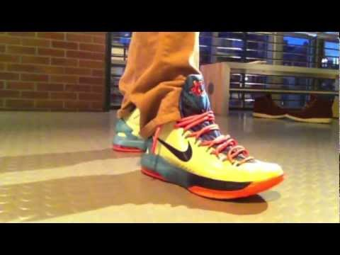 Area 72 Extraterrestrial KD Kevin Durant V 5 On Feet Review