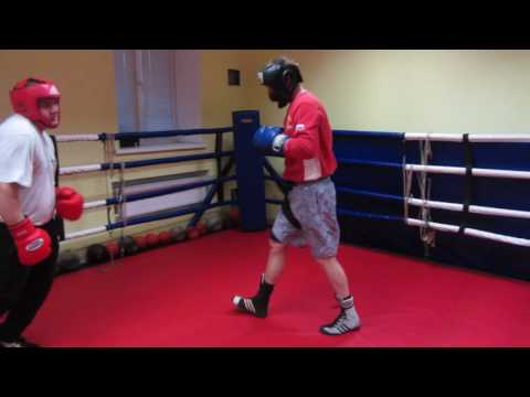 Работа на мешке c андреем басыниным тренировка ударов руками на мешке в тайском боксе (муай тай)