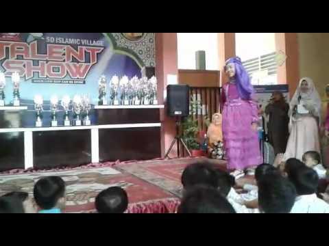 lomba fashion show  busana muslim juara 1.terry
