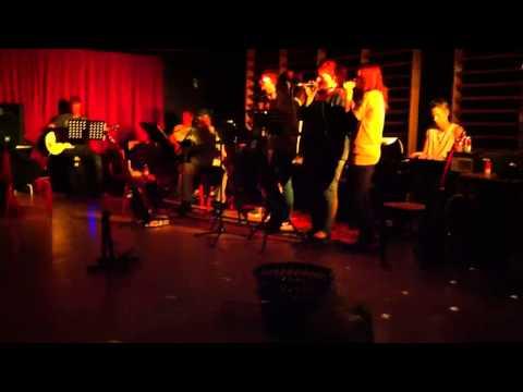 Dybbøl Efterskole 2012/13 - Anthony's Musikhold Giver Konce