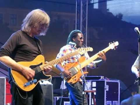 Mike Stern/Richard Bona Band-BJF´12 (3. part)