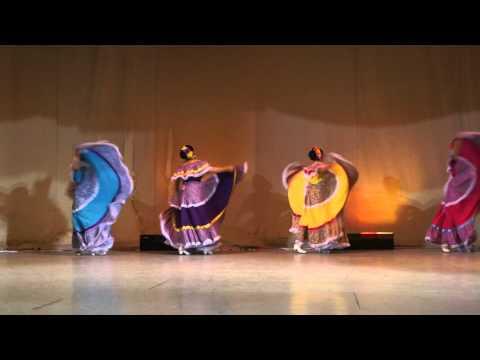 El niño perdido, el toro mambo y el Sinaloense.(Sinaloa) - Ballet folklorico de Areli Hernandez