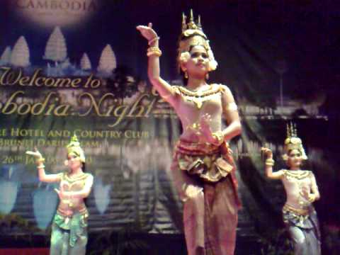 Werner Kreis in Darussalam - Cambodia Night at the Empire Hotel