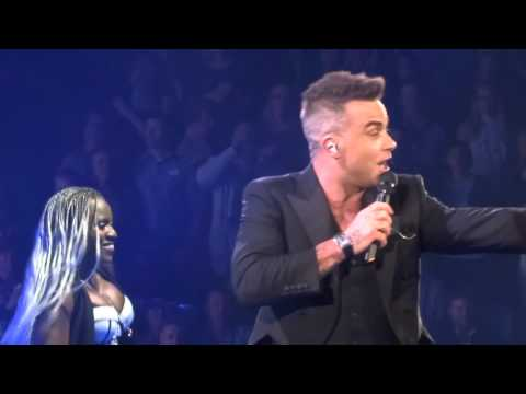Robbie Williams - Rock DJ - 23/10/15 Melbourne HD
