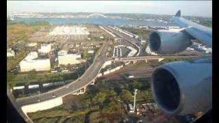 SQ22: Singapore Airlines Airbus A340-500 landing Newark - Arrival after 18hours of flight