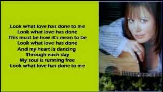 Watch Suzy Bogguss Look What Love Has Done To Me video