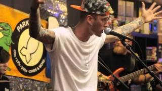 "Download Lagu Machine Gun Kelly- ""Blue Skies"" Live At Park Ave Cd's Gratis STAFABAND"