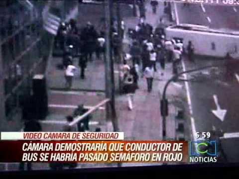 Bus causó accidente en Bogotá calle 63 carrera 7a