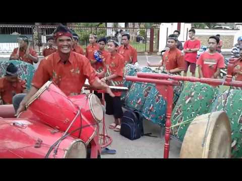 Musik dhaul - Phuser Bhumih Cenlecen - Geleng Sokoh ☆☆ - dipendopo Ronggosukowati Pamekasan Madura.