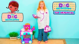 ASSISTANT Doic McStuffins Big Book of Boo Boos and Doctor Kit a New Toys Video Review
