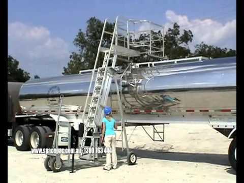 TTX - Portable Truck and Rail Car Access Platform