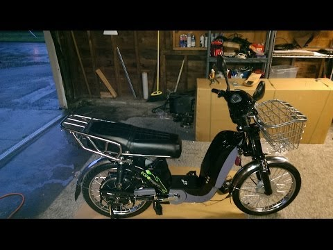 Asssembly of the 2014 60V Black Edition Ecomopeds electric bicycle.. part 1 of 4