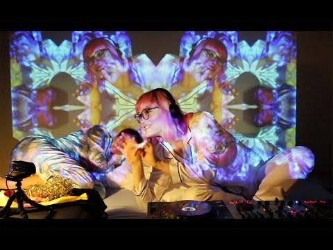 Bebetta In Bed #22 Bed2Bed with Juladi Video Artist