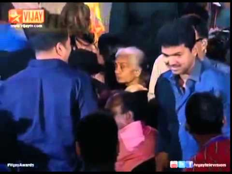 Vijay mass entry in vijay awards thumbnail