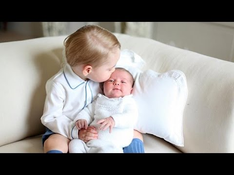 Royal Babies: Prince George poses with newborn sister Charlotte