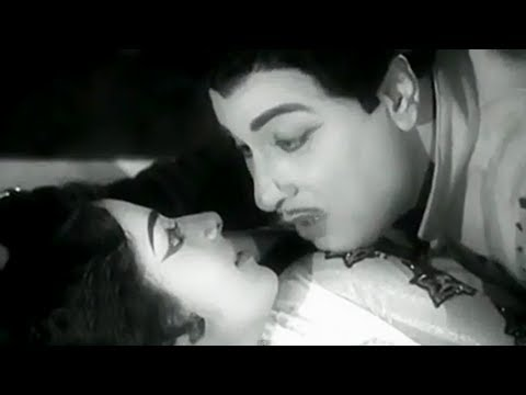 Paruvathil Konjam - Mgr, Kr. Vijaya, Shaukar Janaki - Superhit Tamil Song - Panam Padaithavan video