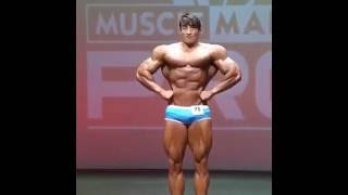 Download funny chinese bodybuilder 3Gp Mp4