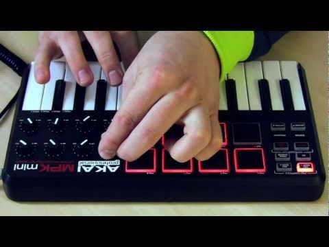 Akai MPKmini & Ableton Live 8 + Chris Mil