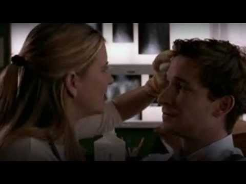 kellie martin as lucy knight & noah wyle as dr. john carter on er