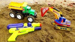 Excavator truck toys Đồ chơi xe máy xúc xe tải by giai tri cho be yeu
