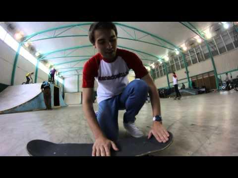 vsenadosku.ru Тренинг: Базовые элементы скейтбординга. Урок 10: Как делать Олли