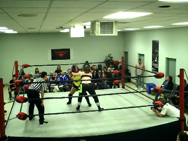 ECCW Women's Champ, Kc Spinelli vs Cat Power - ECCW: Wrestling With Hunger (11/10/2012)