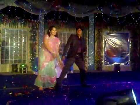 Simple Couple Dance Couple Dance at Wedding